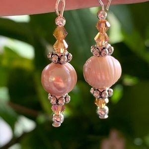 Fresh Water Pearl/Crystal Earrings
